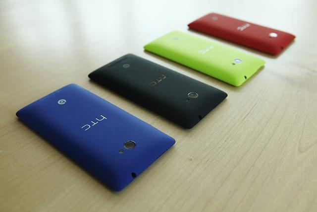 htc-wp8-colorsbacks.jpg