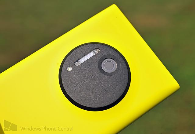 nokia_lumia_1020_yellow_camera.jpg