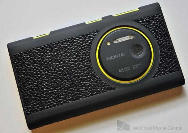 Quick Review: AGF Leather Shell Case for the Lumia 1020
