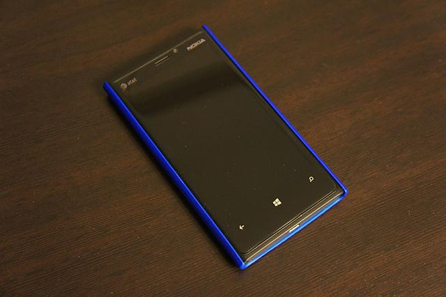 lumia920_blue_case_front.jpg