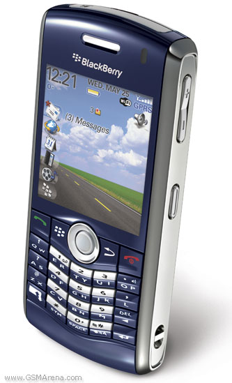 blackberry-8120_00.jpg