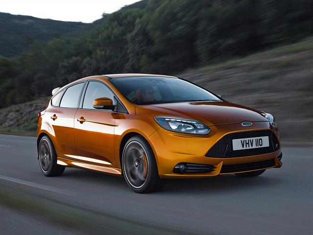 2012-ford-focus-st_67.jpeg
