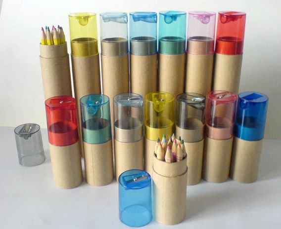 color_pencils_in_cylinder_box_with_plastic_sharpener_2860_1.jpg